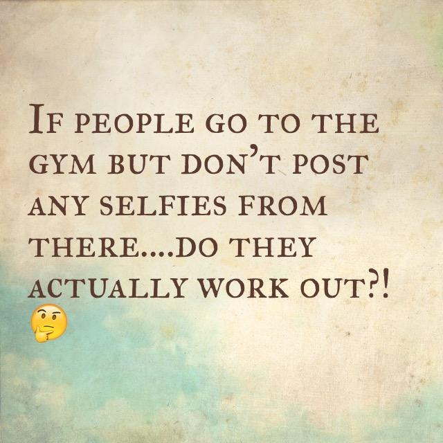 gina-laventura-workout-selfies-gym
